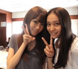 武井咲(右)と桐谷美玲(左)