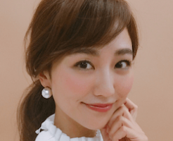 岡田ユリエ